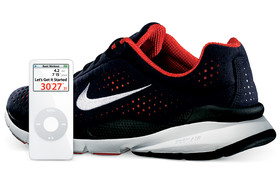 Nike+ Air Zoom Moire und iPod nano