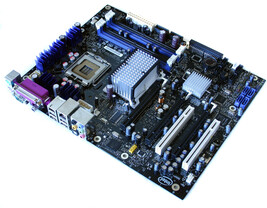 Intel D975XBX Rev. 304 (Bad Axe)