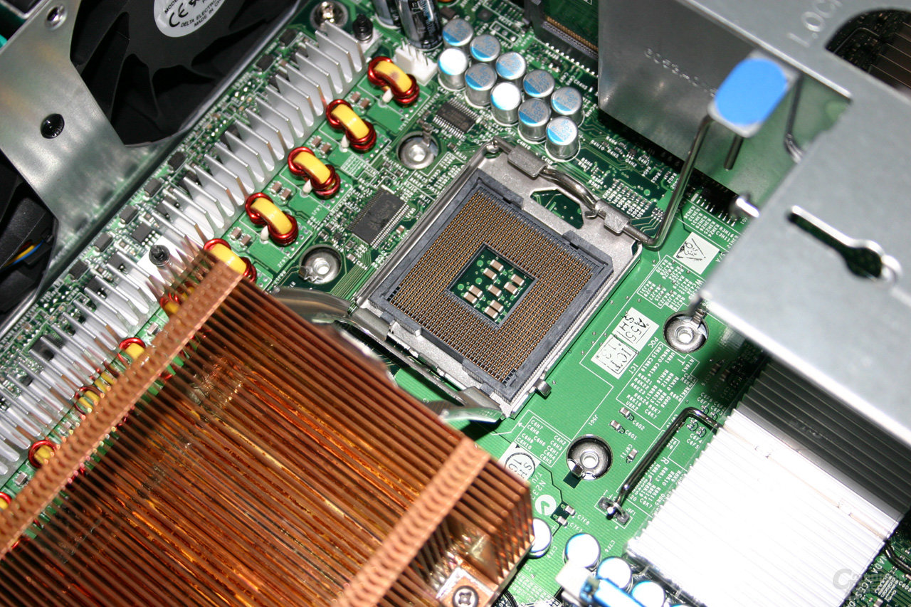 Intel Bensley-Plattform für 2-Wege-Server mit 5000P-Chipsatz
