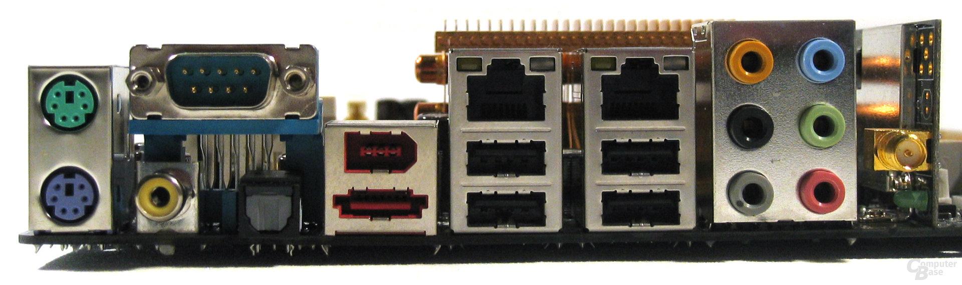 Asus M2N32-SLI Deluxe ATX-Blende