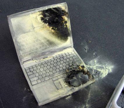 Abgebrannter Dell-Laptop #2