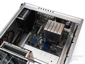 Großzügige Sockel 1366-Testplattform