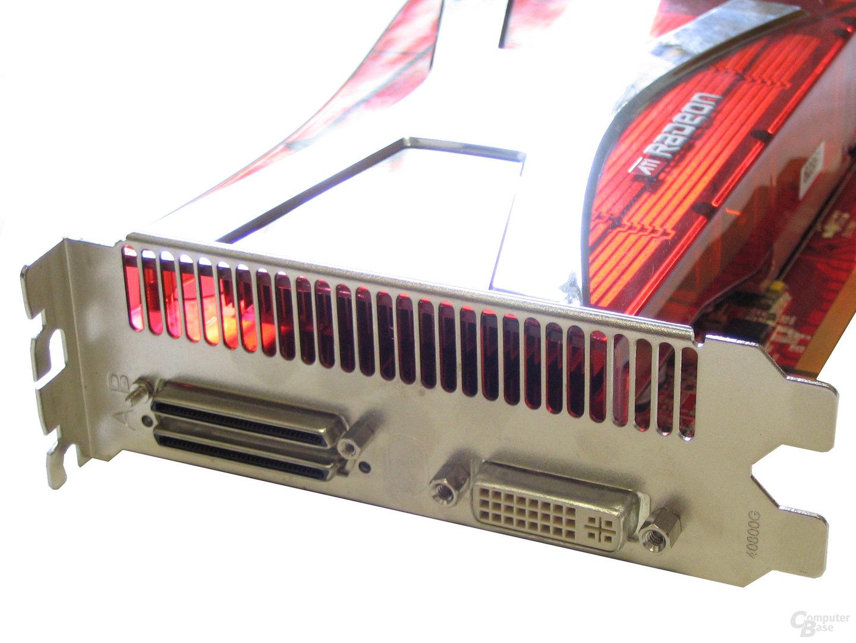 Radeon X1950 CrossFire Slotblech