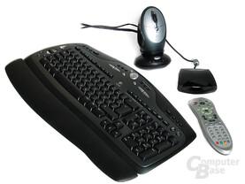 Optionale Peripherie: Logitech Maus und Tastatur sowie Fernbedienung