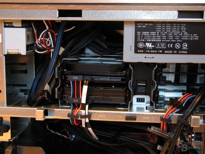 750 Watt Netzteil und entkoppelte HDD-Aufhängung