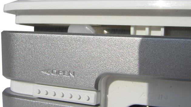 Asus WL-700gE im Test: Router, Switch und NAS in Personalunion