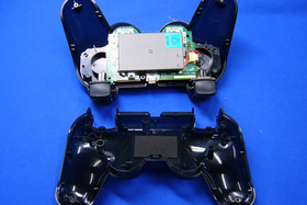 PlayStation 3: Blick ins Innere: Sixaxis Controller | Quelle: http://pc.watch.impress.co.jp