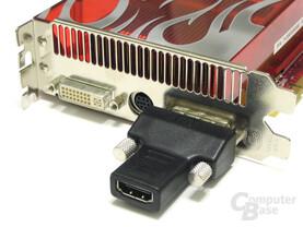 Radeon HD 2900 XT mit Adapter