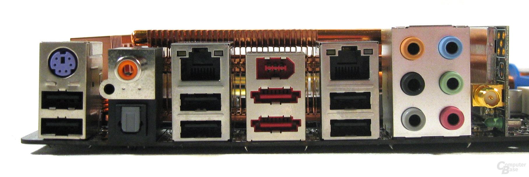 Asus P5K Deluxe ATX-Blende