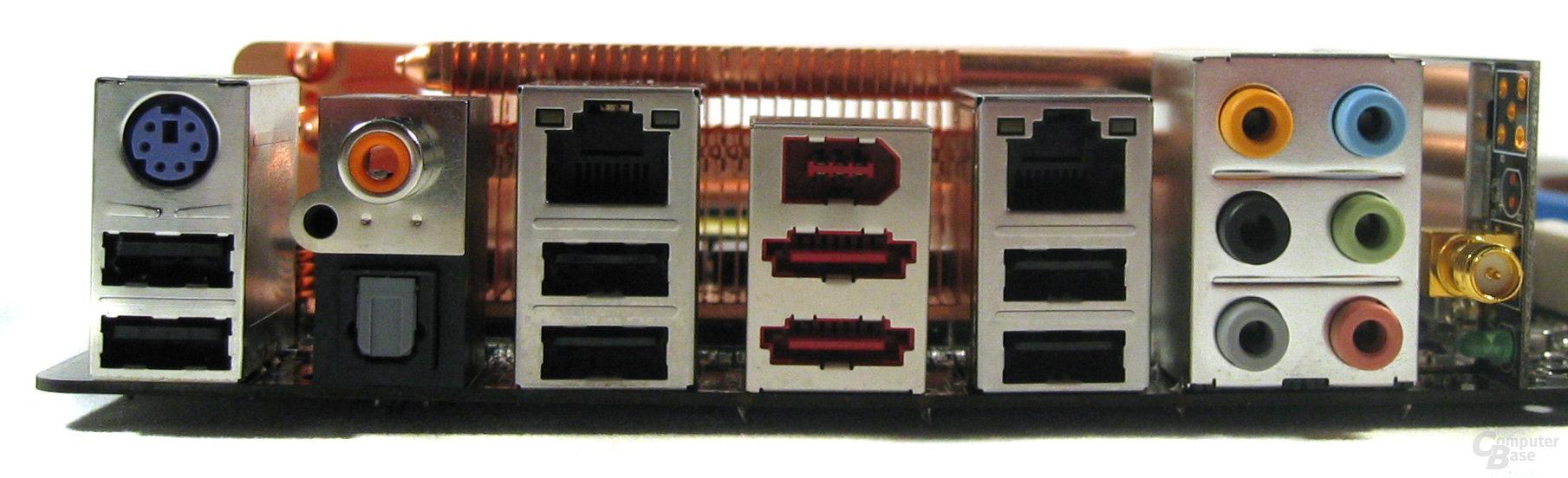 Asus P5K3 Deluxe – ATX-Blende