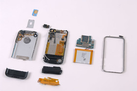 iPhone zerlegt | Quelle: ifixit.com