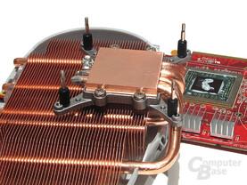 Flexible Lochabstände bei der 4-Punkt-Montage erhöhen Kompatibilität