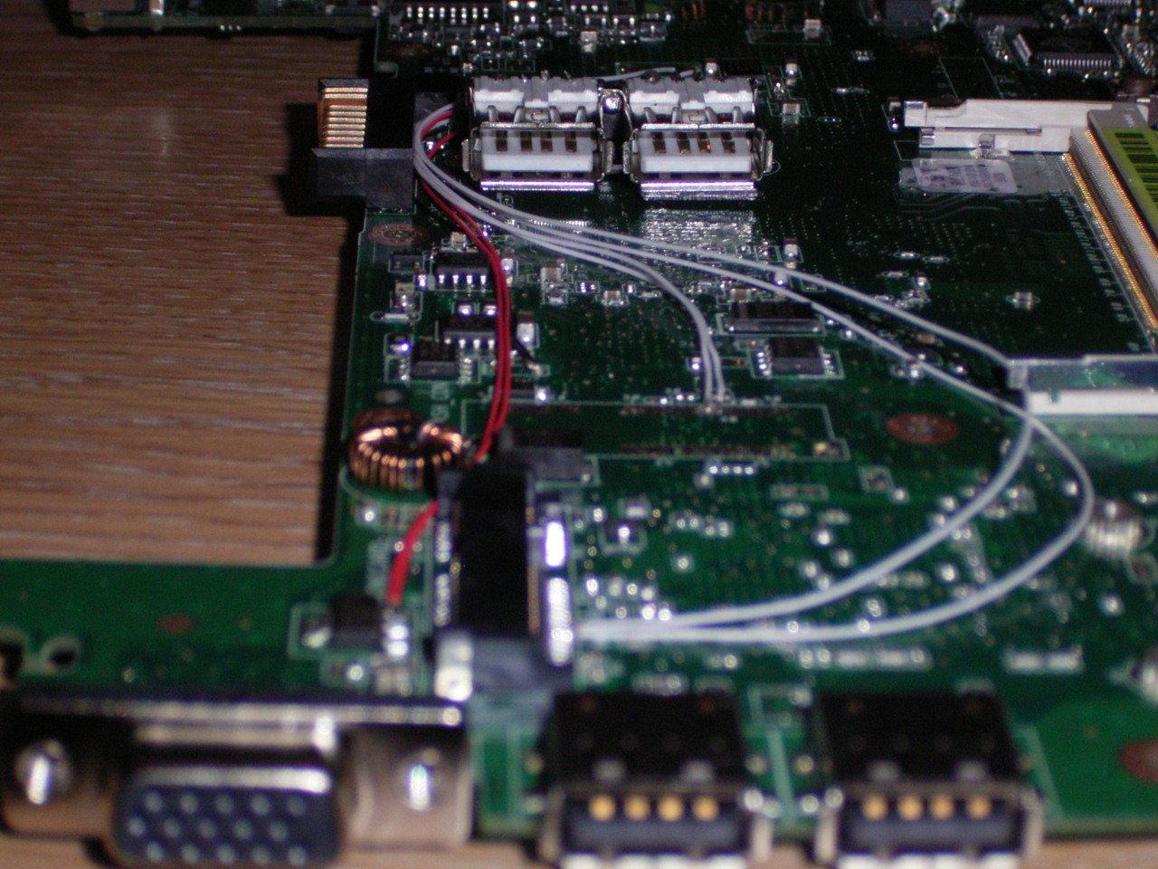 Asus Eee PC: interne USB-Port-Erweiterung