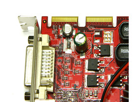 PC Radeon HD 3650 CrossFire-Anschluss