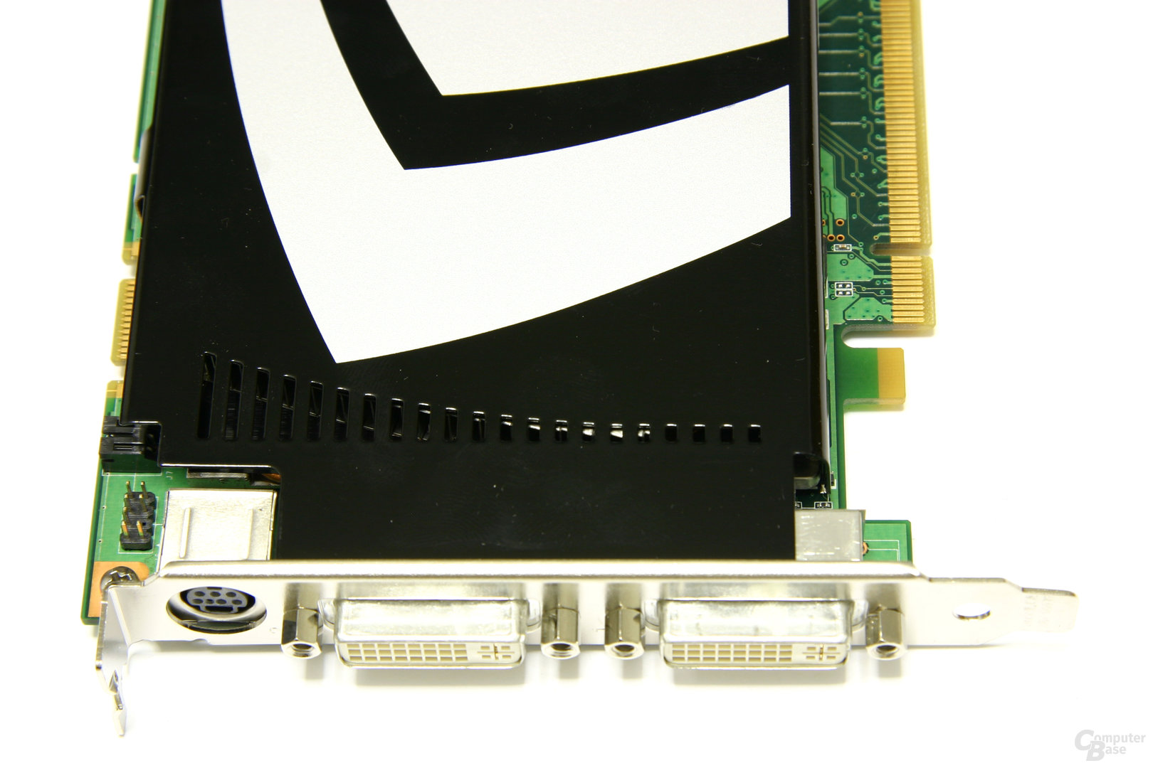 GeForce 9600 GT Frontansicht