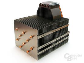 Gigantischer Kühlkörper für Aktiv- und Passivbetrieb