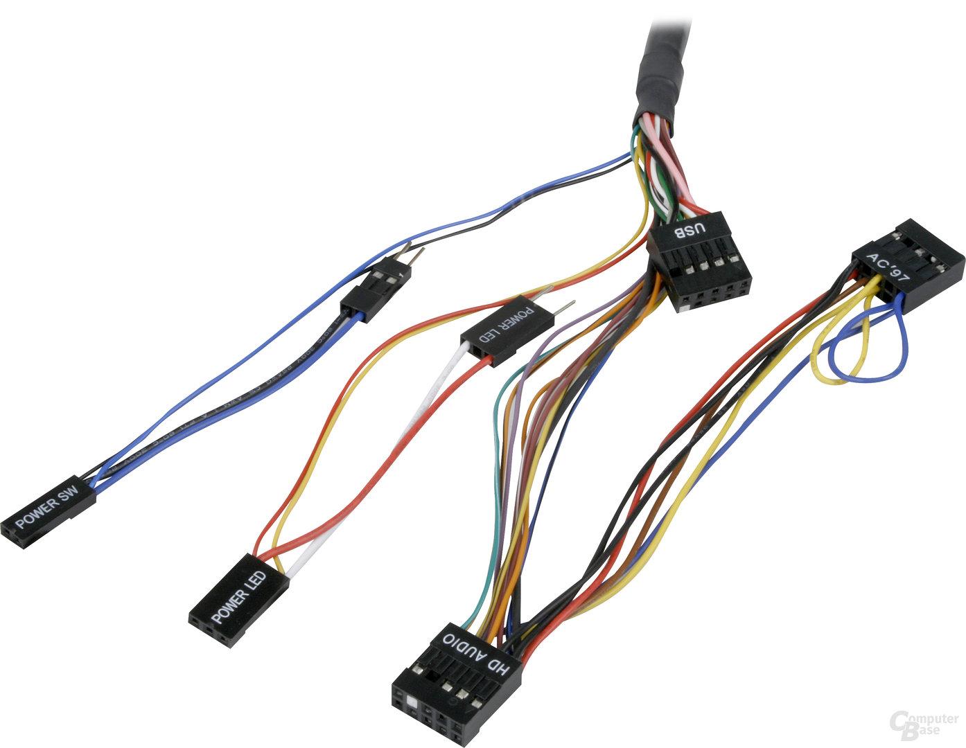 Die notwendigen Kabel des Sharkoon PC Jump Start