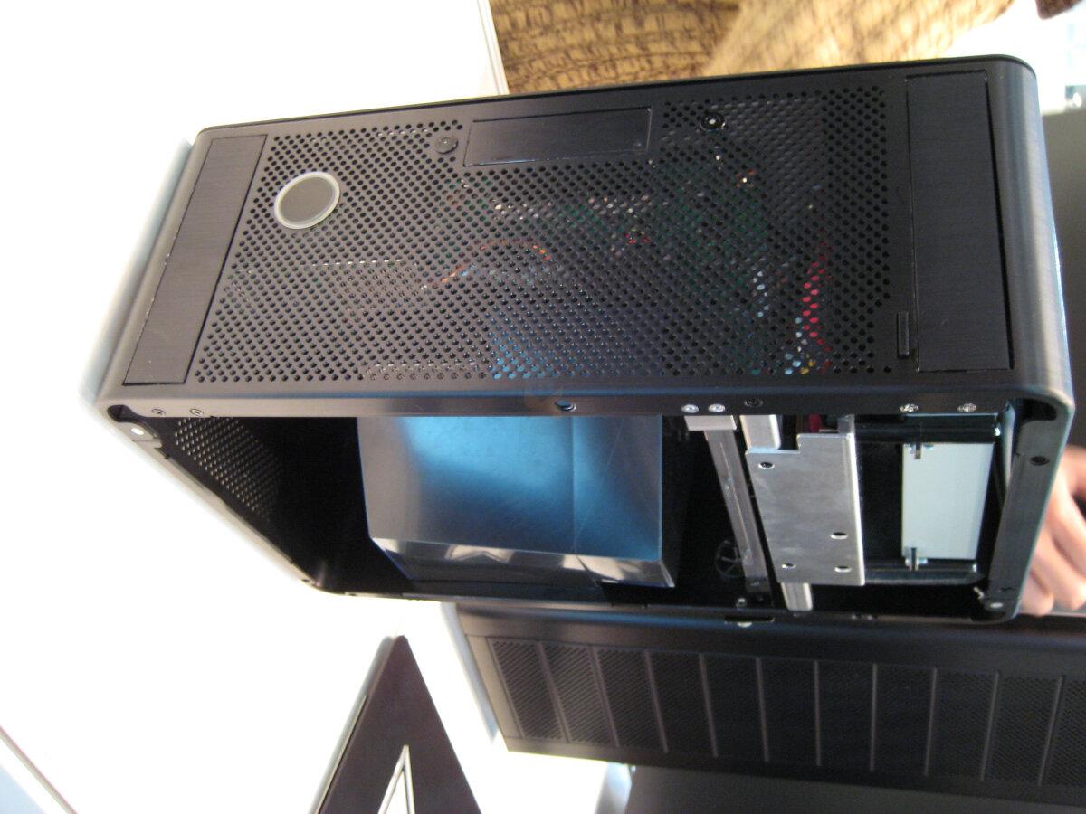 Xbox-360-Gehäuse von Lian Li
