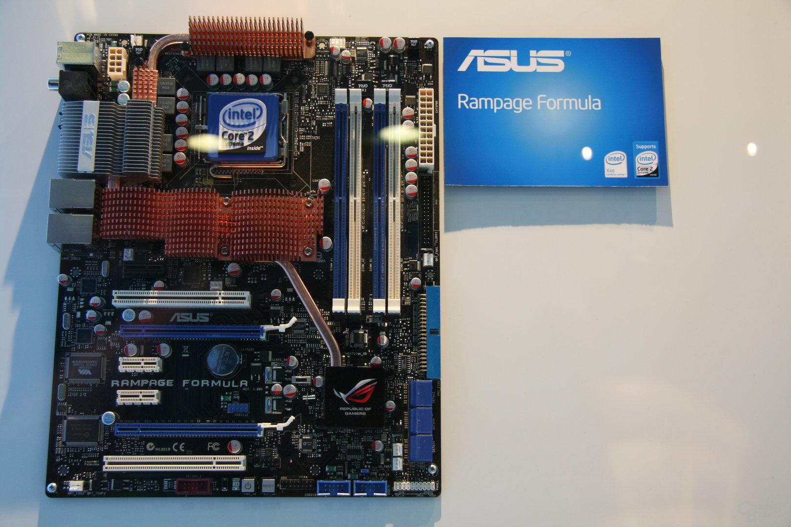 X48 von Asus mit DDR2