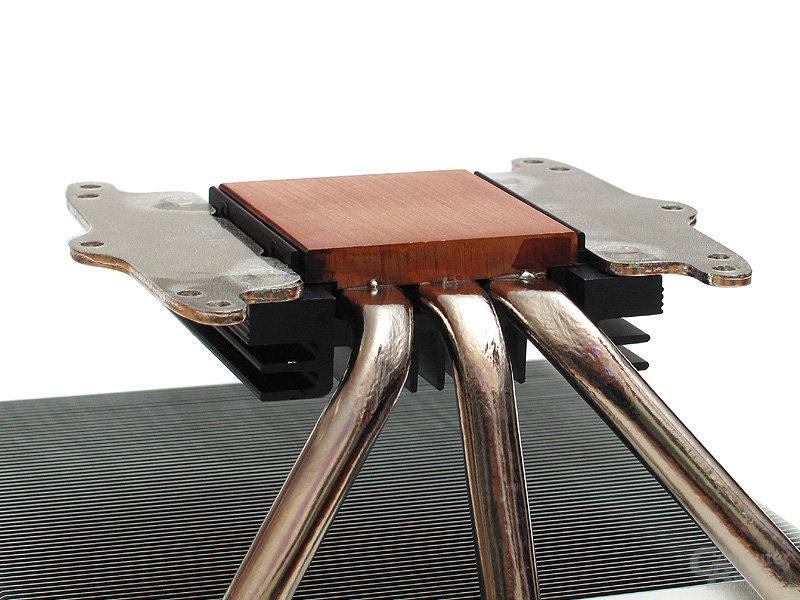 Mächtig: Die 6-mm-Kupferbodenplatte als Wärmeaufnahme