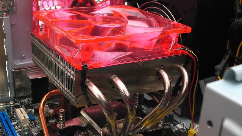 Besser-Leise AMD-SLI-System im Test: Mittelklasse-System mit Passiv-SLI