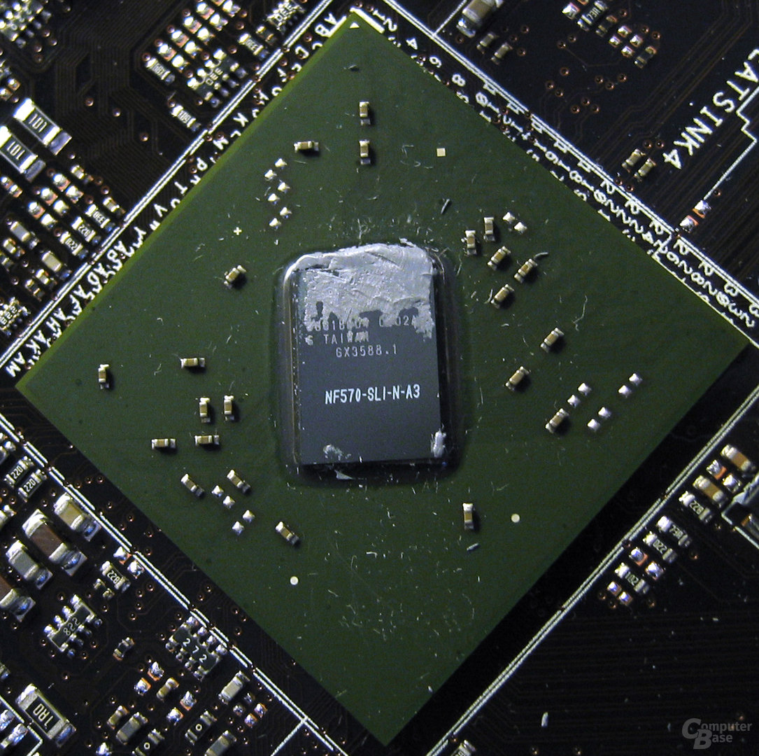 MCP 790i Ultra SLI