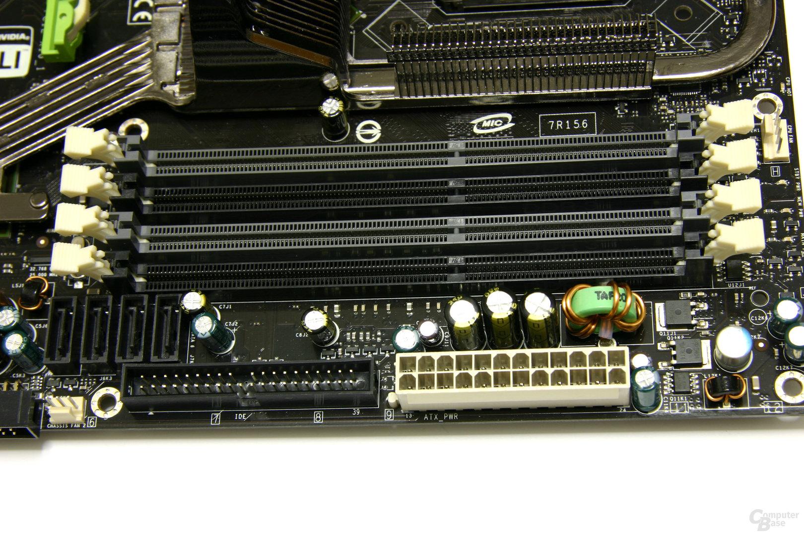 nForce 790i Ultra SLI RAM-Slots