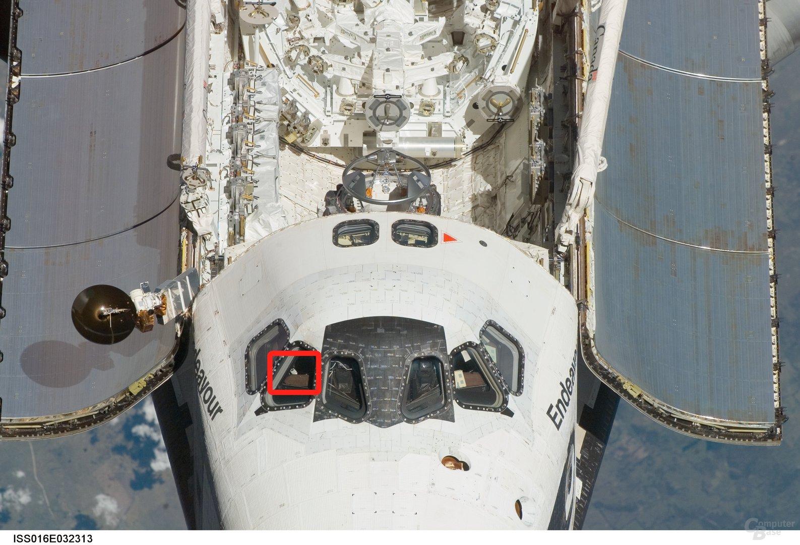 iPod im im Space Shuttle Endeavour (Bild vom 12. März 2008)