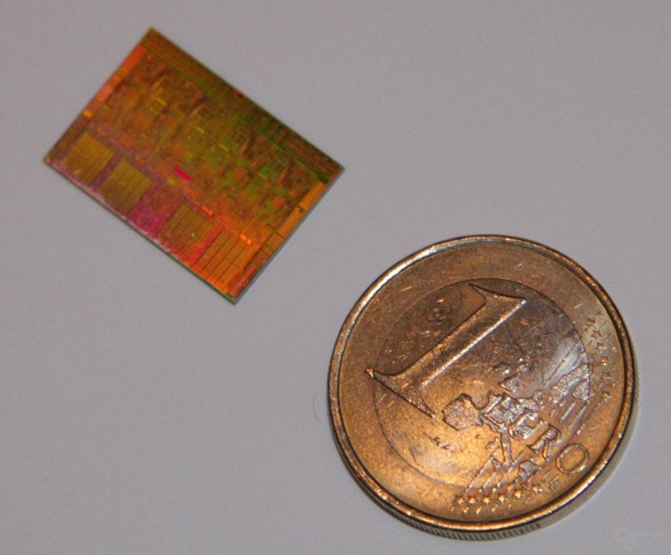 Intel Nehalem Die-Shot