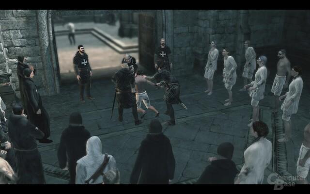 Im Visier: Altair beobachtet einen vorgeblichen Foltermeister