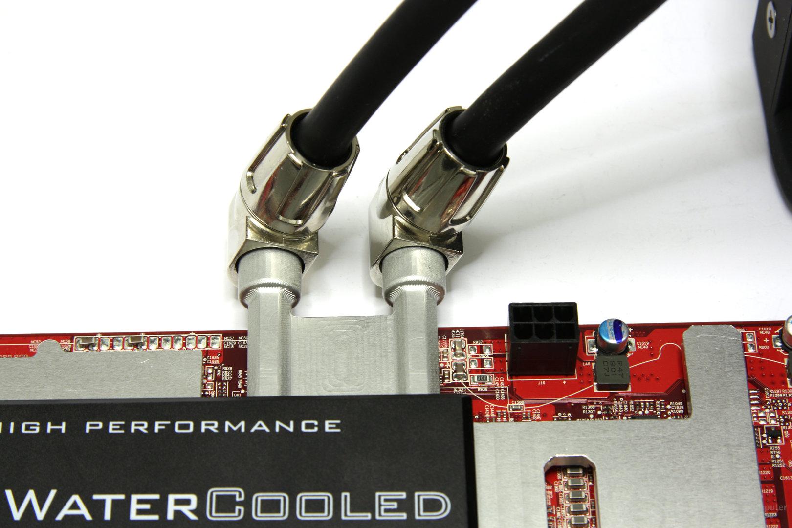 Radeon HD 3870 X2 Atomic Wasseranschlüsse