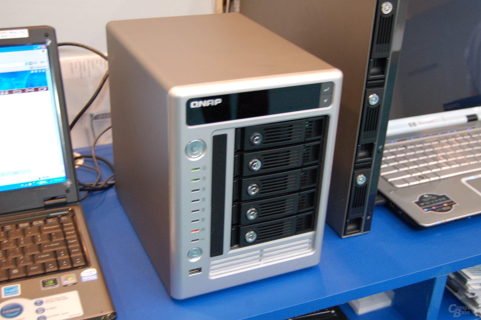 QNAP Turbo NAS TS-509 Pro