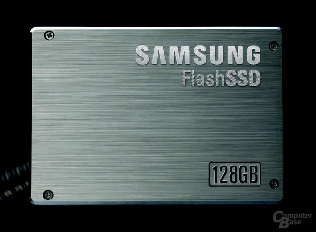 Samsung 128 GB SSD (MLC-basiert)