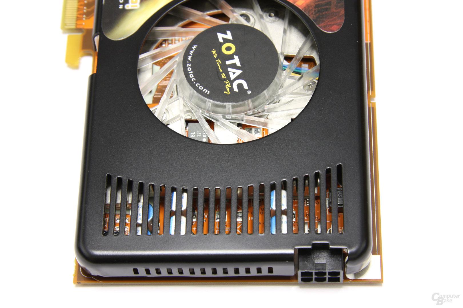 GeForce 9800 GT AMP! Lüfterschlitze