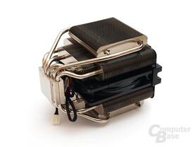 Sandwich-Technik mit eingesetztem 120-mm-Lüfter