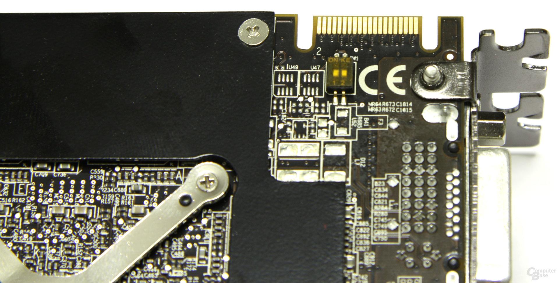 Radeon HD 4870 X2 CF-Anschluss