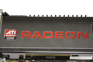 Radeon HD 4870 X2 Radeon-Schriftzug