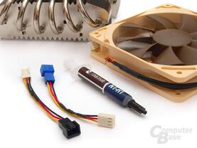 Zubehör: Spannungsadapter und Hochleistungswärmeleitpaste
