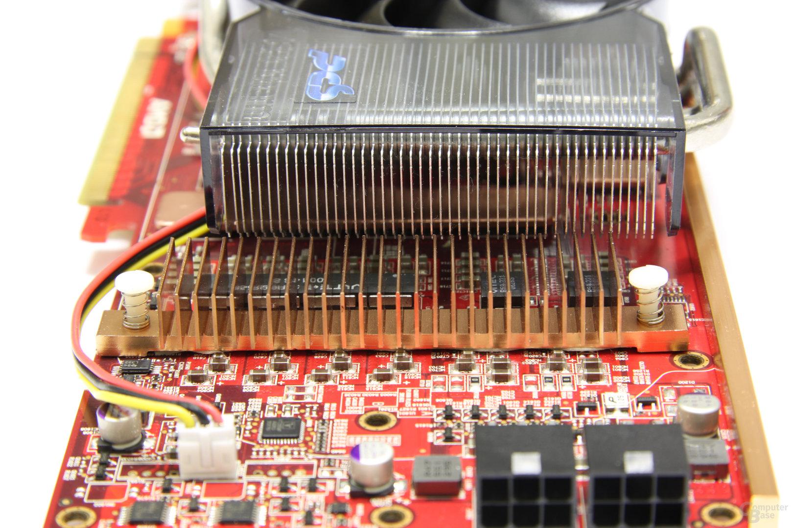 Radeon HD 4870 PCS+ Kühler Spannugswandler