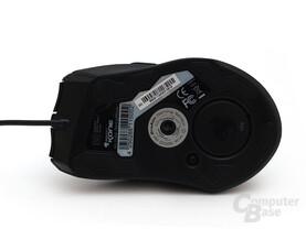 Unterseite mit 3200-DPI-Gaming-Sensor
