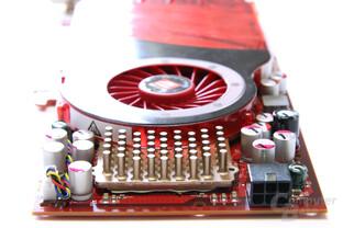 Radeon HD 4830 von hinten