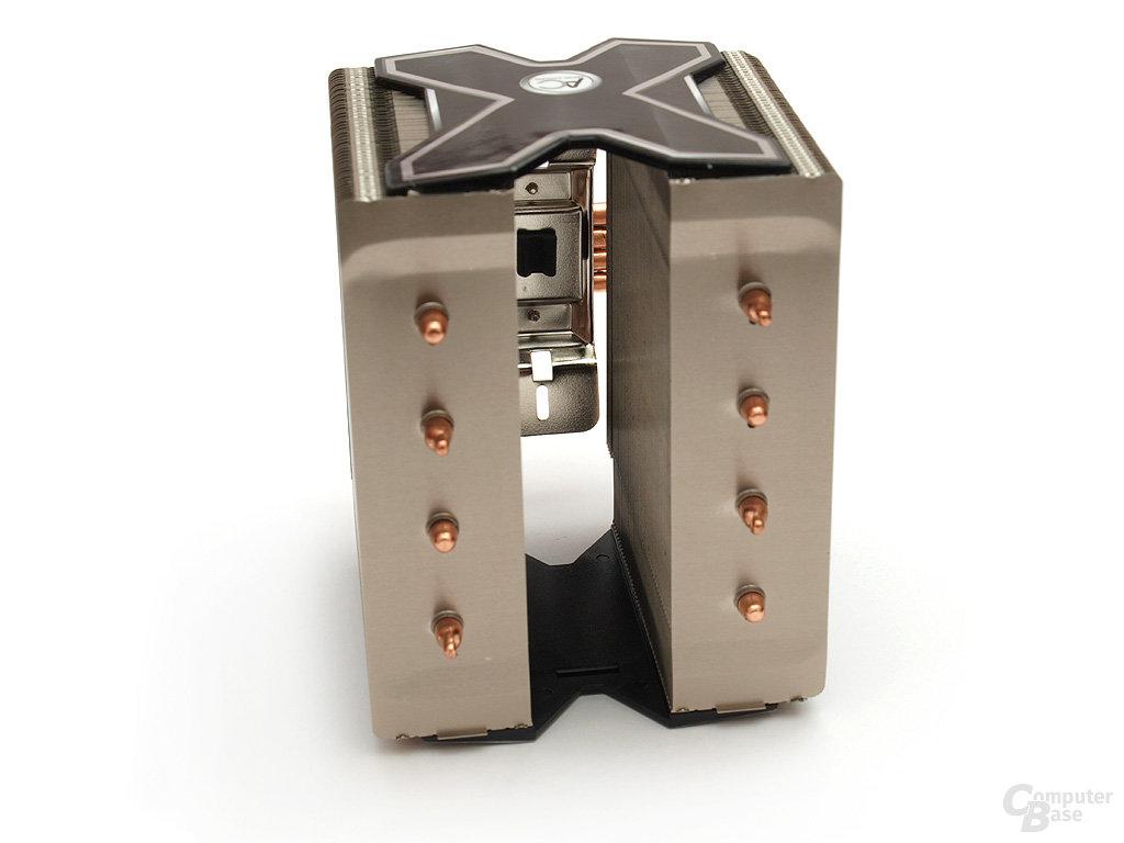Doppeltower lässt auch normale 120-25-mm-Lüfter installieren