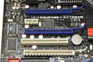 Rampage 2 Extreme PCIe-Slots