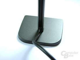 Standfuß mit Kabelführung (Rückseite)