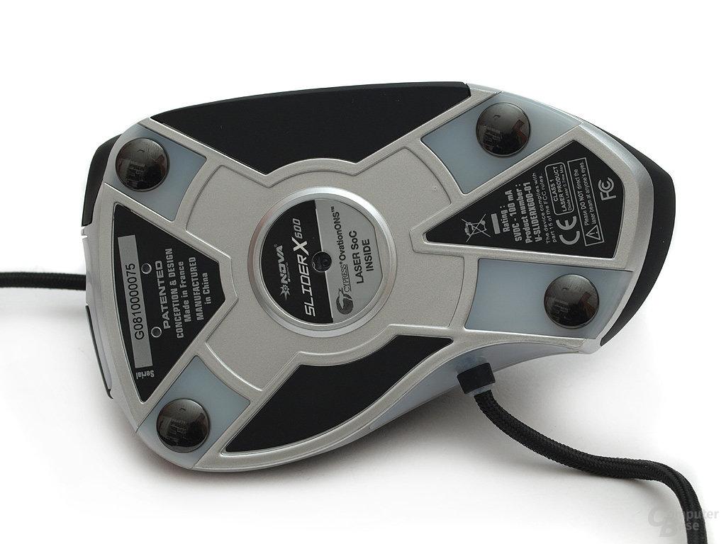 Blick auf die Unterseite der Laser-Maus designed in France