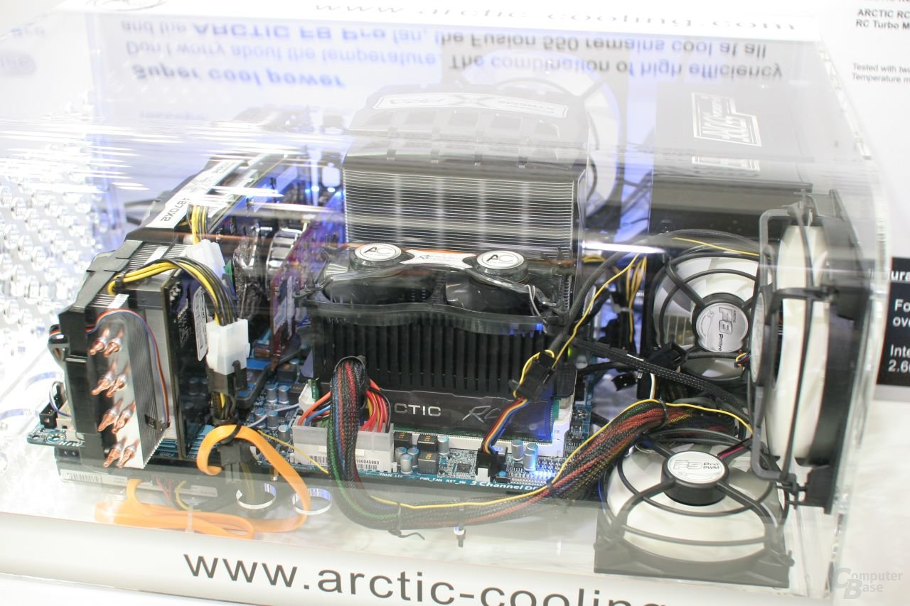 Arctic Cooling Accelero Xtreme in Aktion