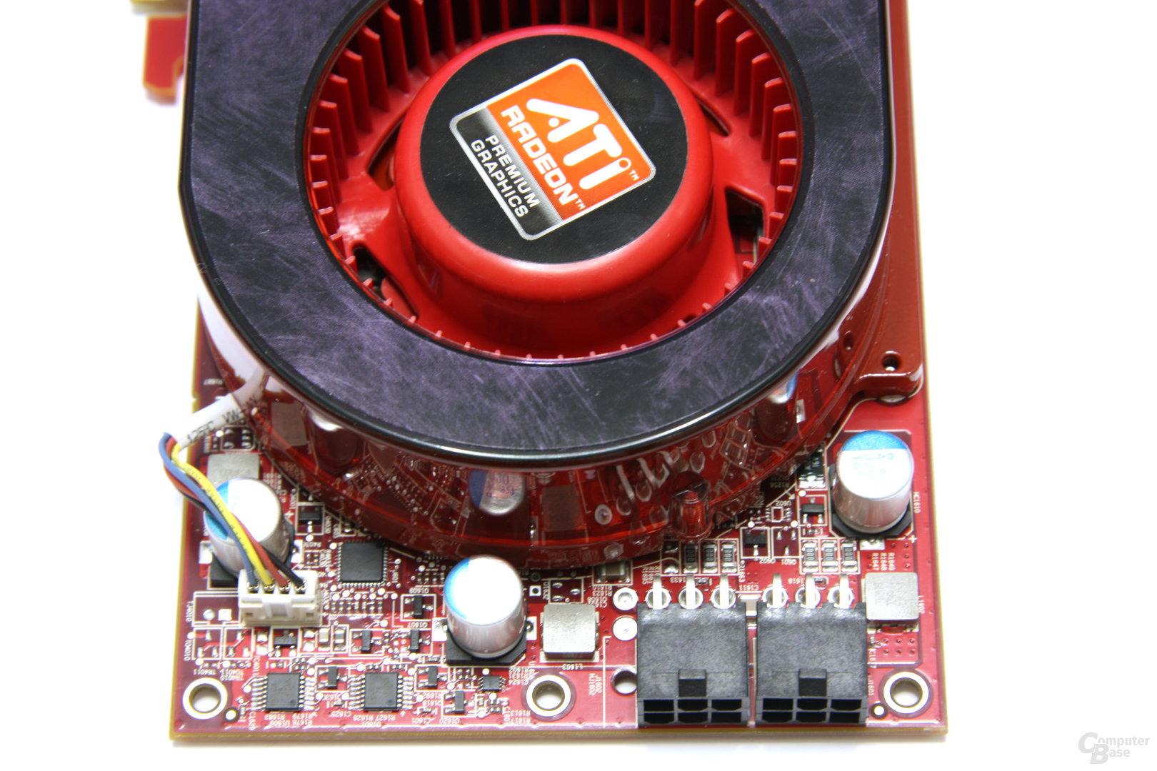 Radeon HD 4890 von oben