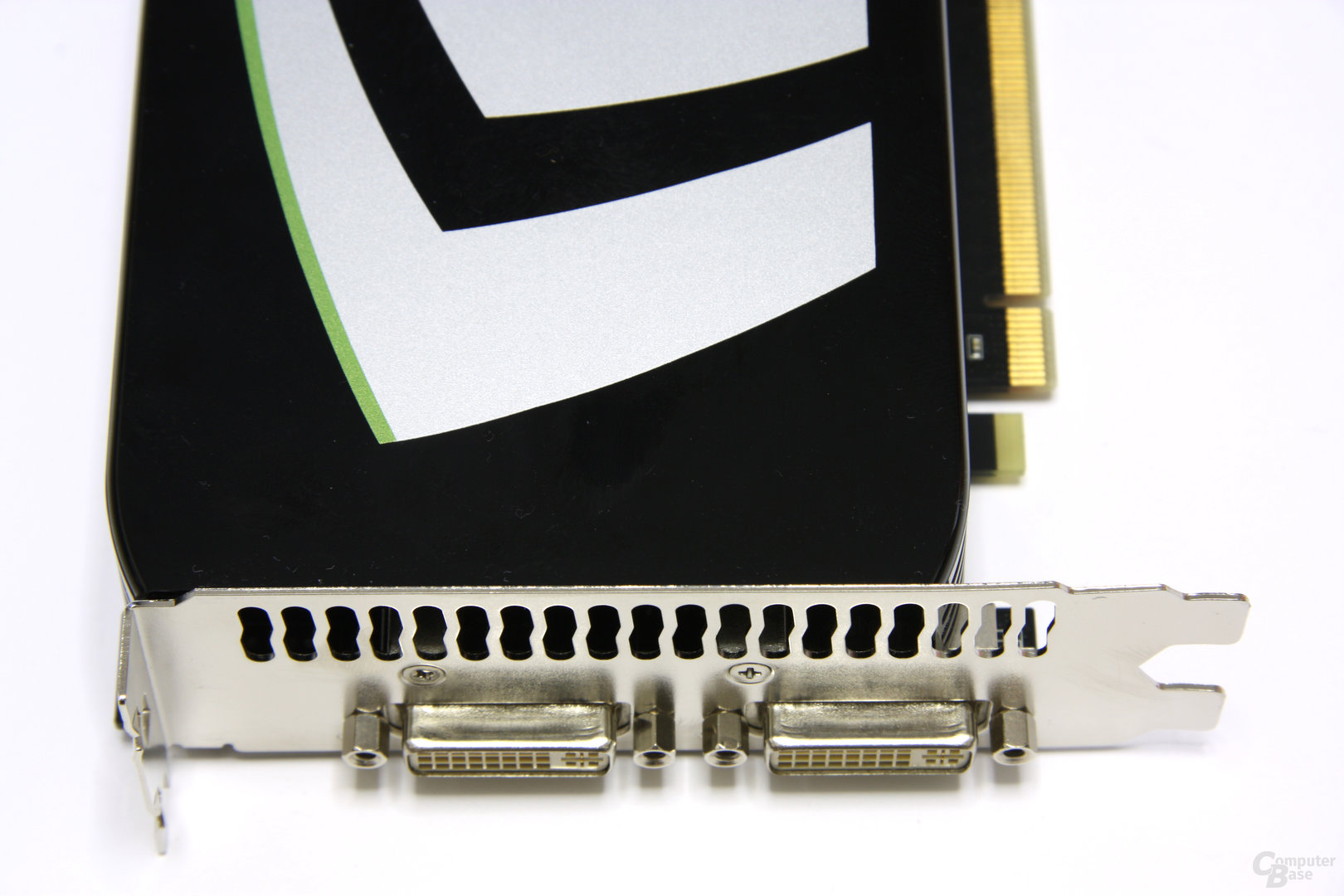 GeForce GTX 275 Anschlüsse