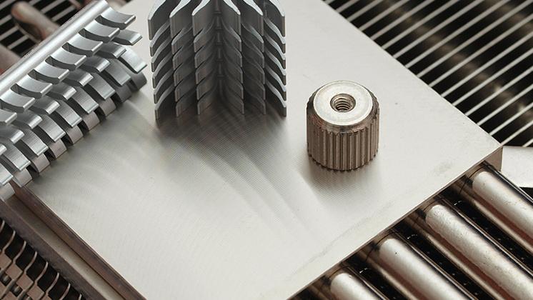 VGA-Kühler im Test: Thermalright T-Rad² mit guter Kühlung und Verarbeitung