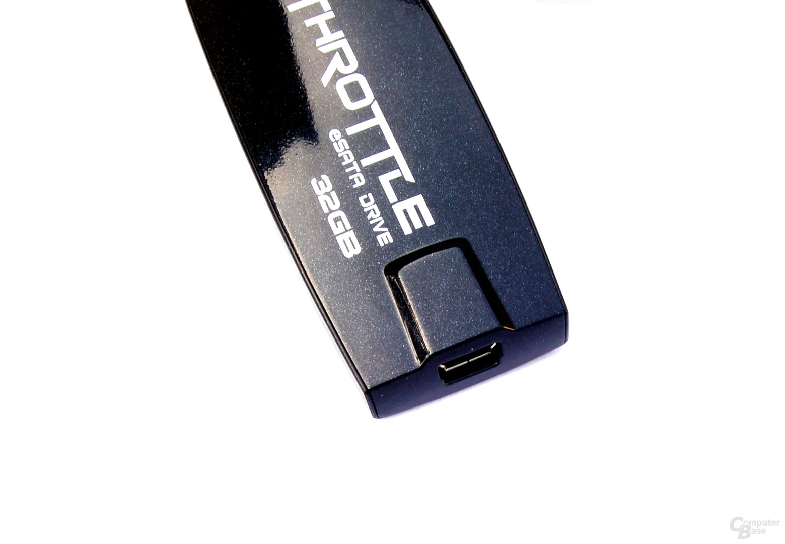 Mini-USB-Port des OCZ Throttle